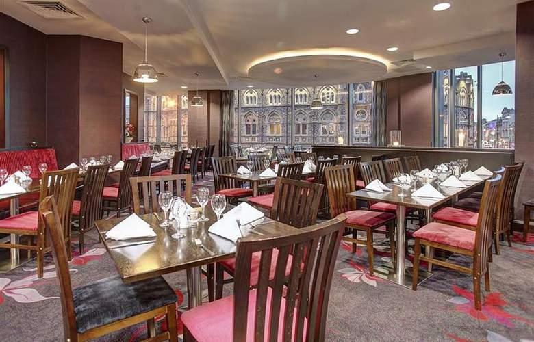 Clayton Cardiff - Restaurant - 78