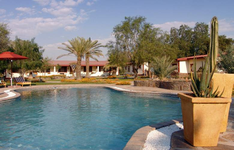 Namib Desert Lodge - Pool - 6