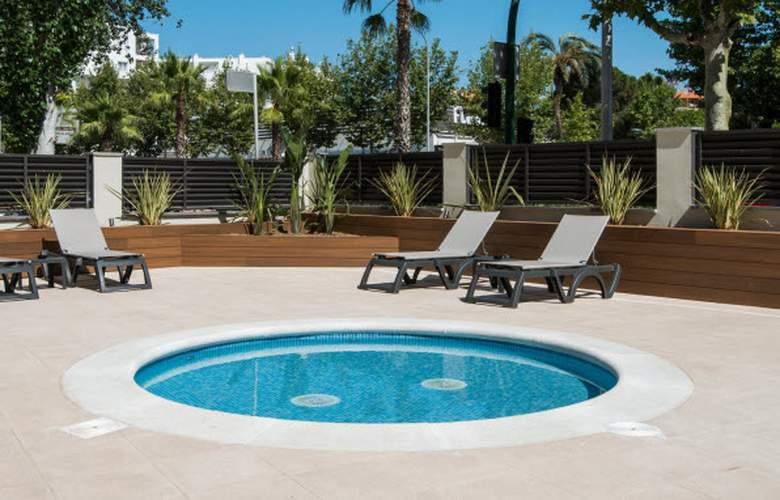California Apartamentos - Pool - 22