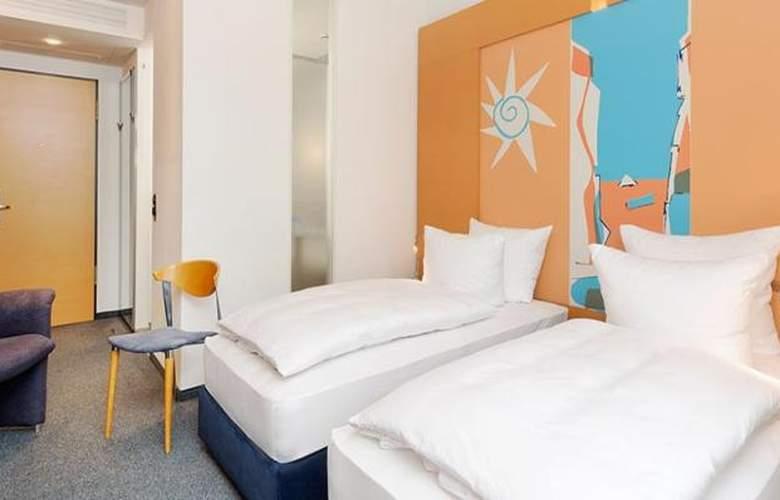 Tryp Dusseldorf Airport - Room - 19