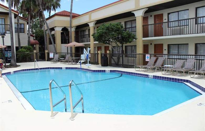 Best Western Orlando East Inn & Suites - Pool - 55