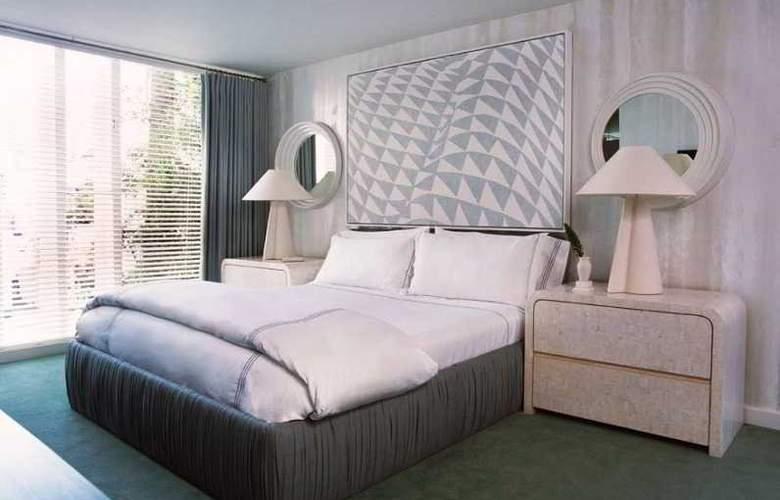 Avalon Beverly Hills - Room - 0