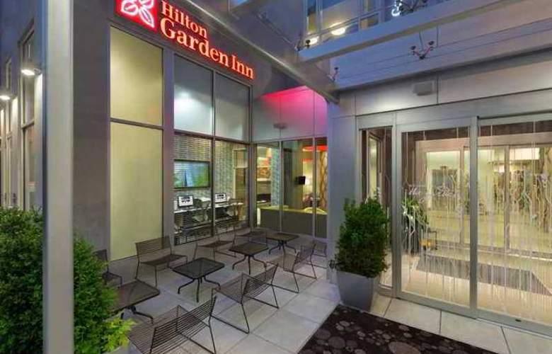 Hilton Garden Inn Midtown East - Hotel - 0