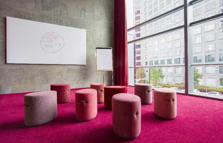 Radisson Blu Hotel Frankfurt - Conference - 8