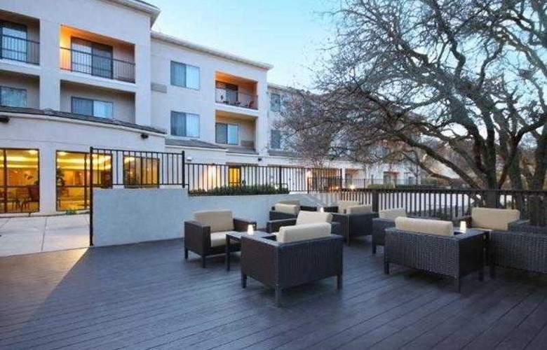 Courtyard Roseville - Hotel - 8