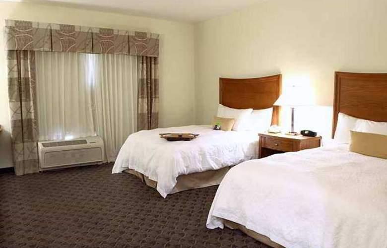 Hampton Inn & Suites Chesapeake-Square Mall - Hotel - 9