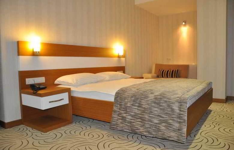 Dies Hotel - Room - 8