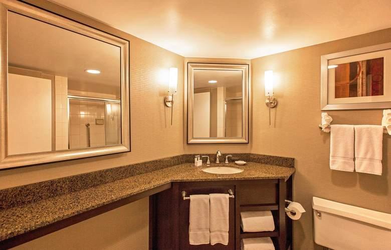 La Guardia Plaza Hotel - Room - 8