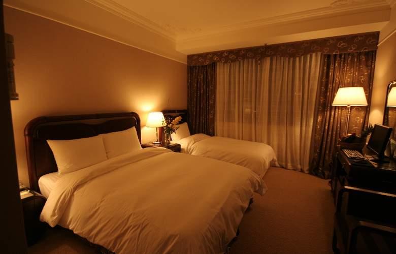 La Mir - Room - 12