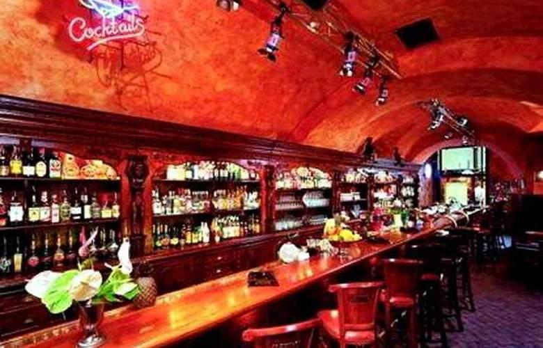U Prince - Bar - 5