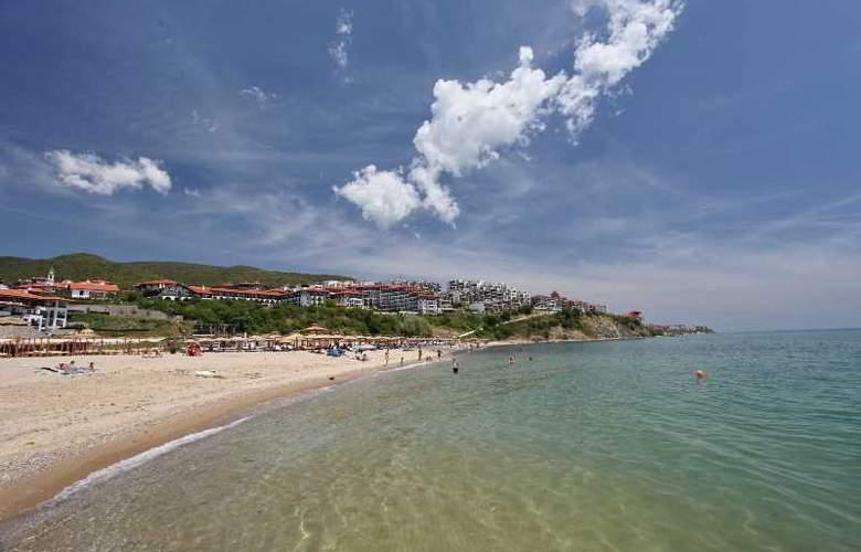 Palace Marina Dinevi - Beach - 43