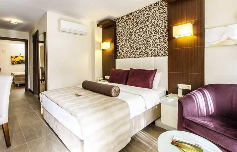 Tusan Beach Resort - Room - 13