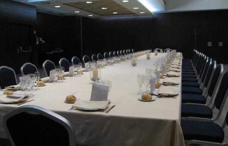Gran Ultonia - Conference - 11