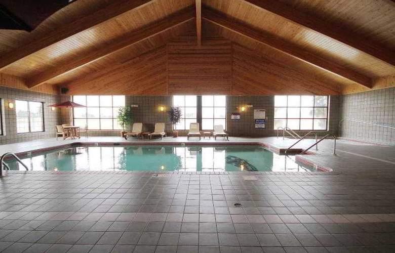 Achat Hotel Frankfurt Ruesselsheim - Pool - 25