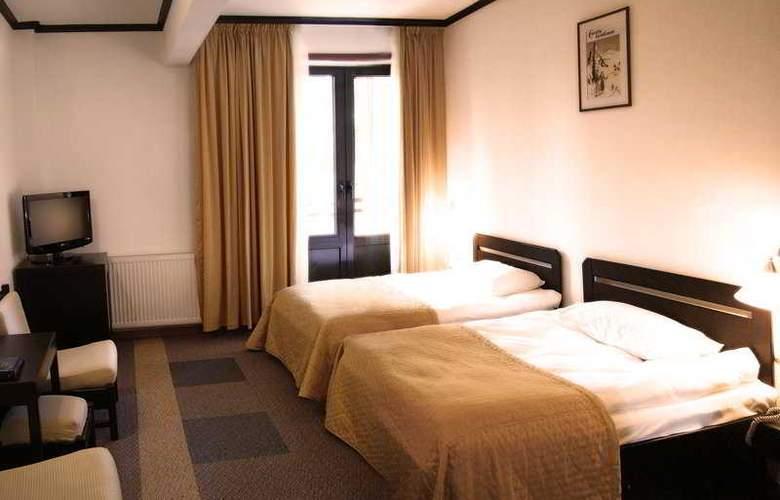 Poiana Hotel - Room - 5