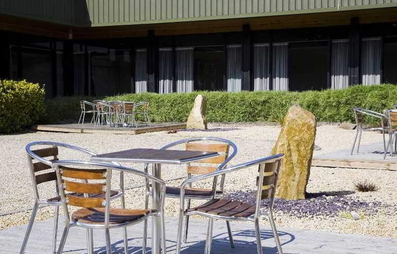 Holiday Inn Filton Bristol - Terrace - 18