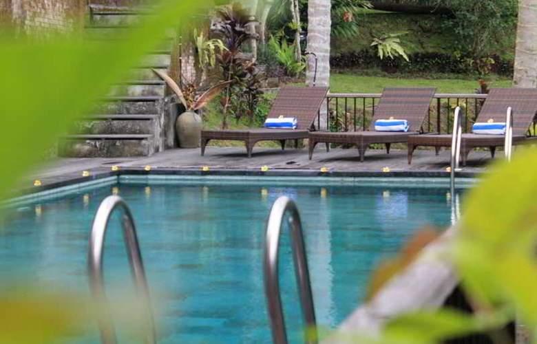 The Kampung Resort Ubud - Pool - 3