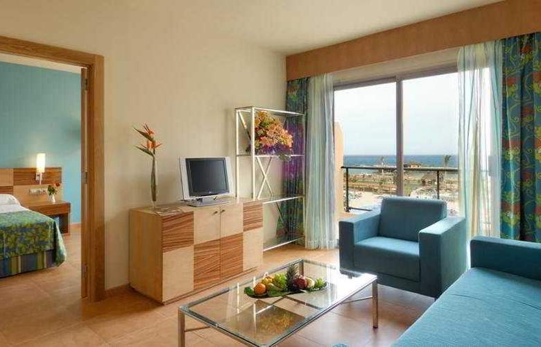 Elba Carlota Beach and Convention Resort - Room - 16