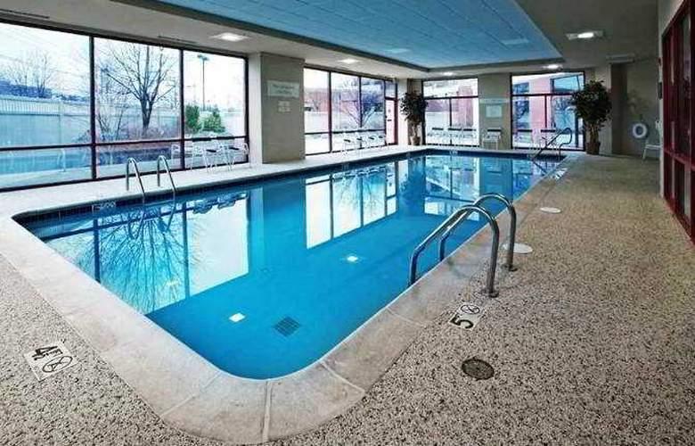 Courtyard Lyndhurst Meadowlands - Pool - 2