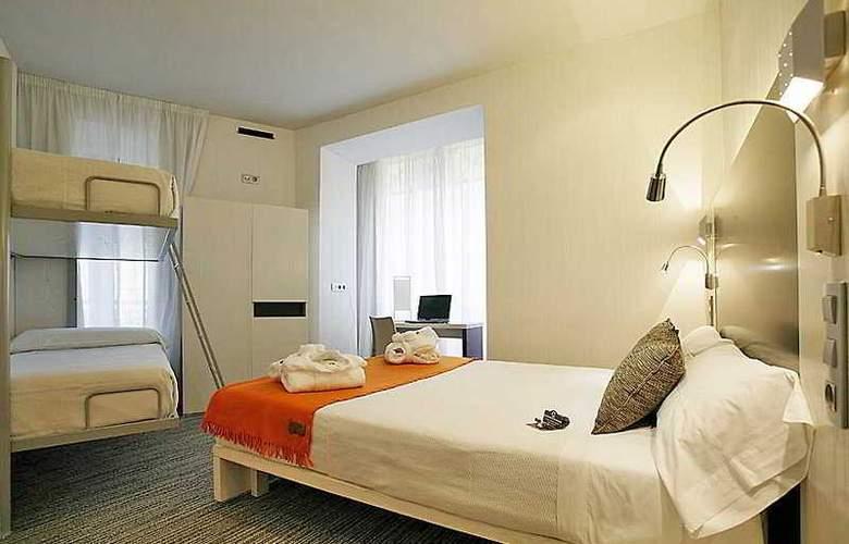 Petit Palace Canalejas - Room - 9