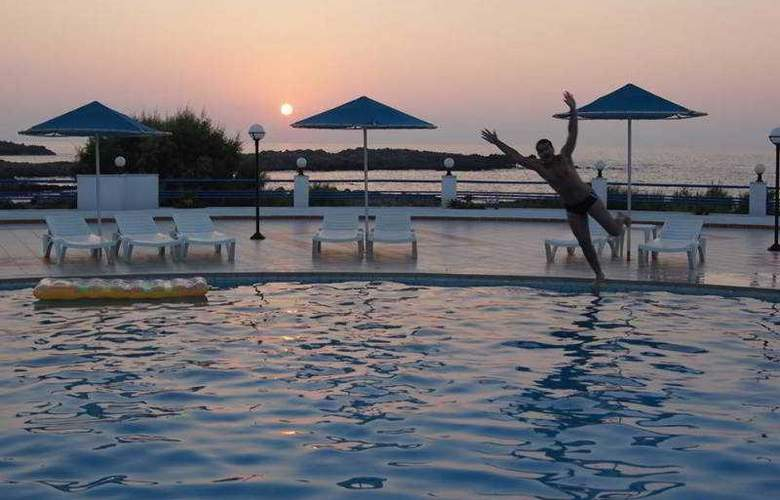 Zorbas Hotel Beach Village - Pool - 67