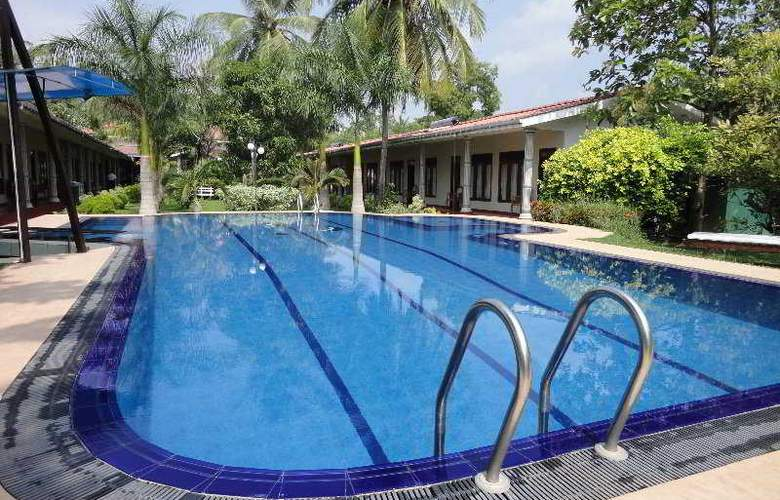 Chandrika - Pool - 9