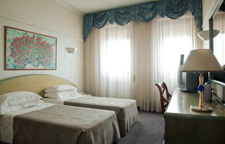 NH Ancona - Room - 4