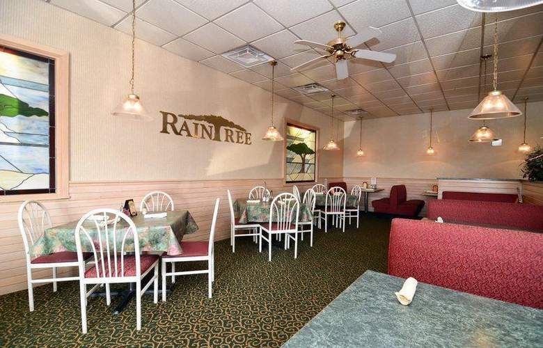 Best Western Raintree Inn - Restaurant - 172