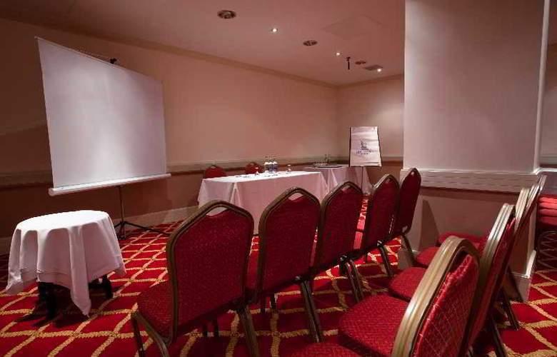 Britannia Adelphi - Conference - 6