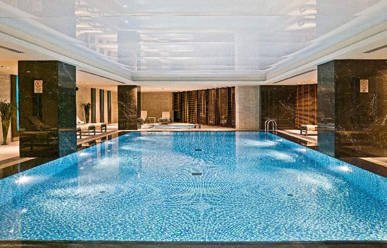 Ramada Plaza Tekstilkent - Pool - 8
