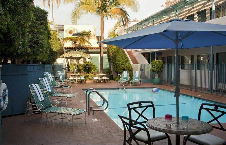 Best Western Beachside Inn Santa Barbara - Pool - 4