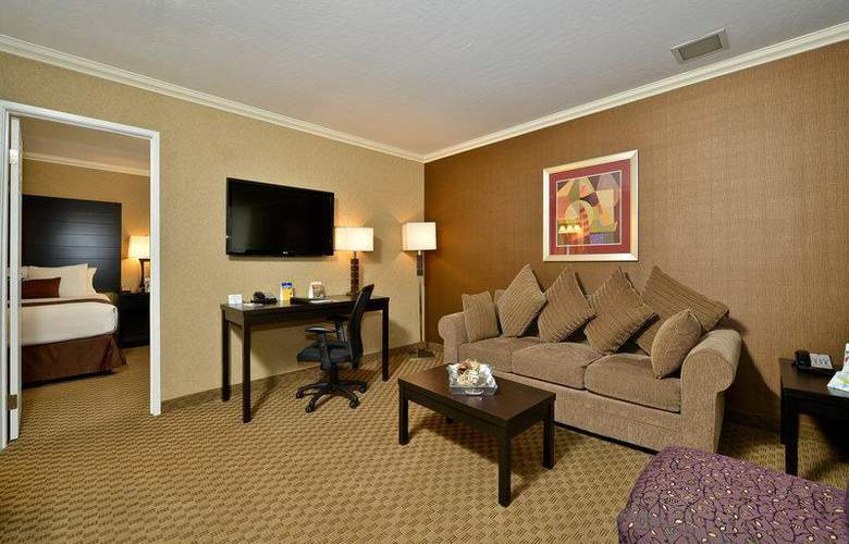 Best Western Plus Inn Suites Yuma Mall - Room - 94