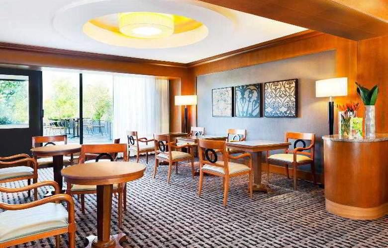 Sheraton Roma - Hotel - 11