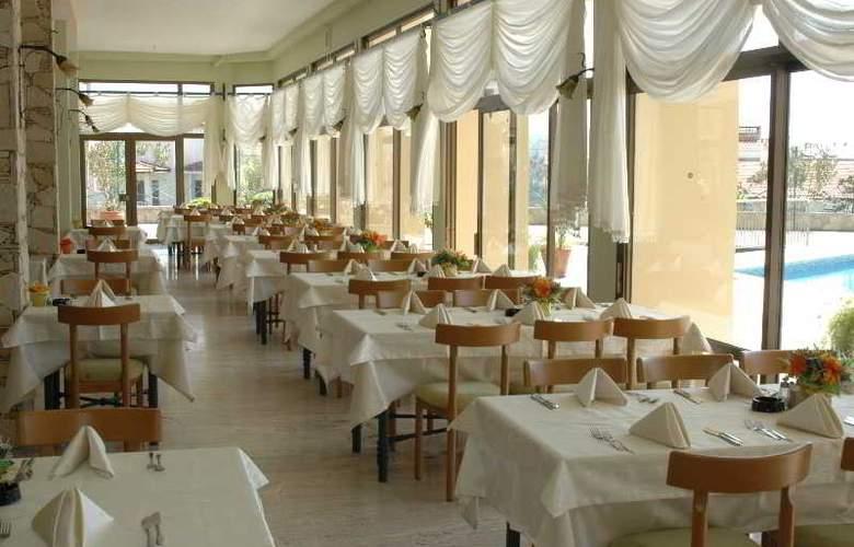 Grand Onder Hotel - Restaurant - 5