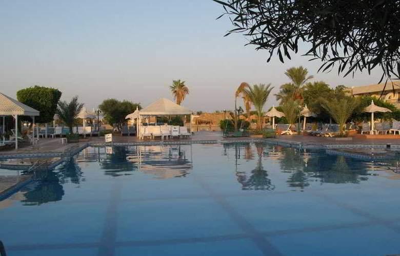 Jasmin Village - Pool - 3