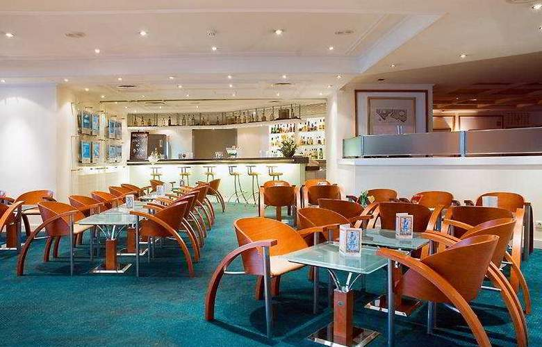 Holiday Inn Lisboa - Restaurant - 11