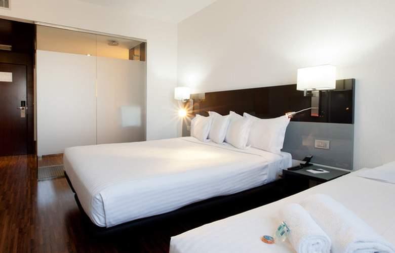 Ciudad de Mostoles - Room - 5