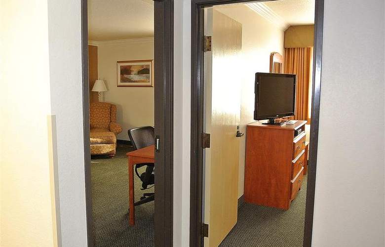 Best Western Town & Country Hotel - Room - 48