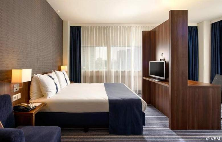 Holiday Inn Express Rotterdam-Central Station - Room - 9
