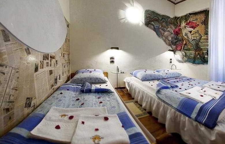 Casa Italia - Room - 5