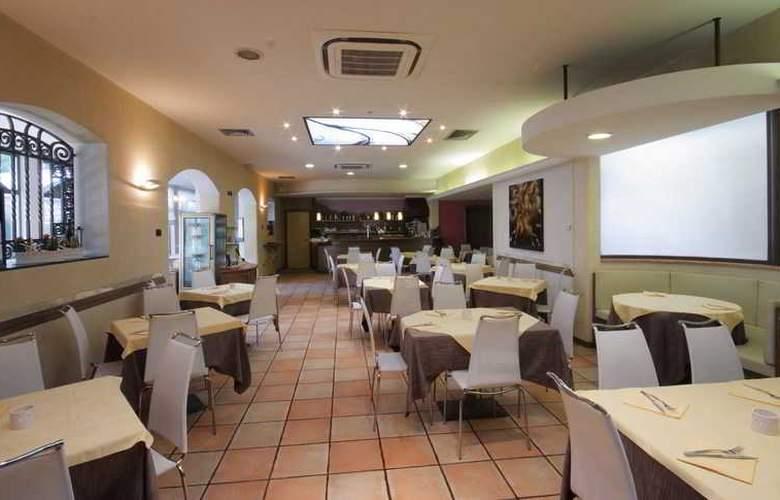 Tati - Restaurant - 23