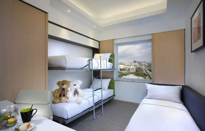 Eaton HK - Room - 5
