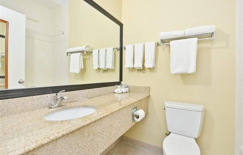 Best Western Greenspoint Inn and Suites - Room - 135