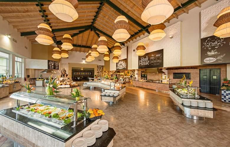 Ocean Blue & Sand - Restaurant - 24