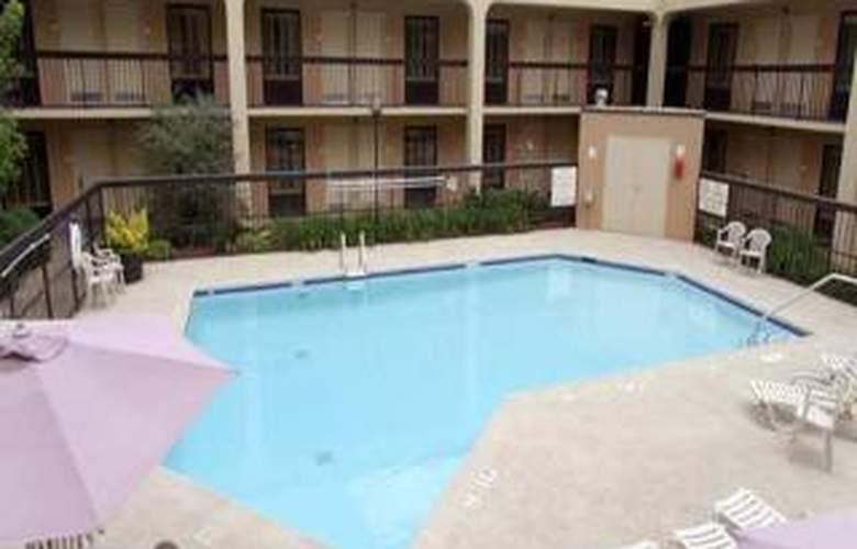 Hampton Inn Atlanta- Marietta - Sport - 1