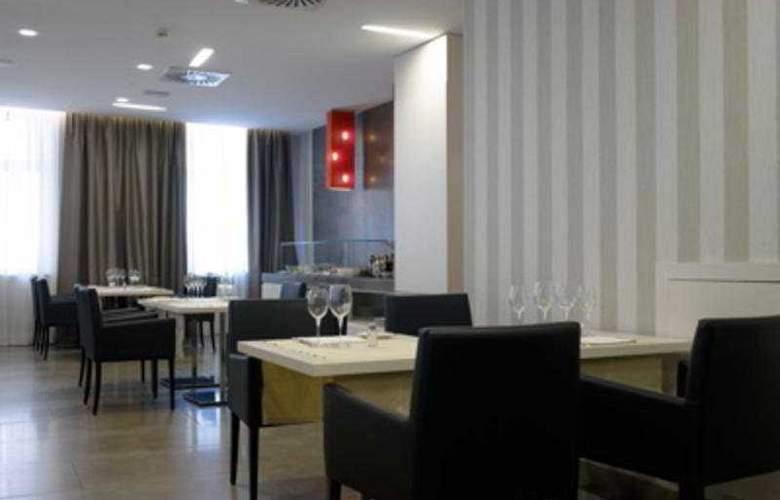 NH Genova Centro - Restaurant - 7