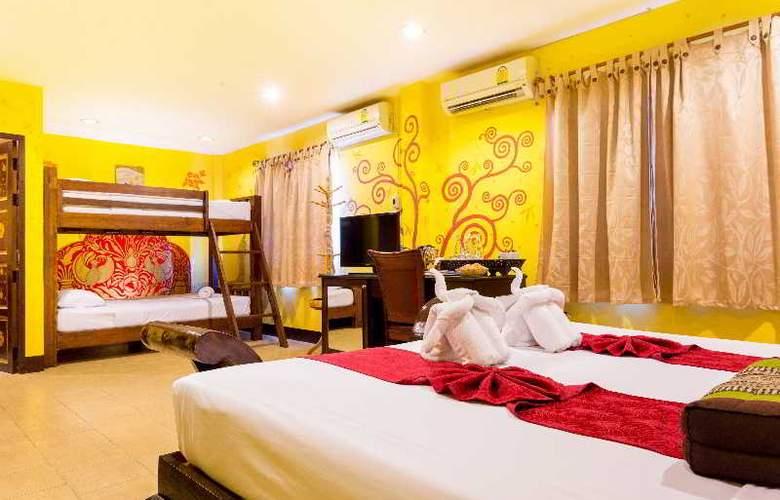 Parasol Inn - Room - 27