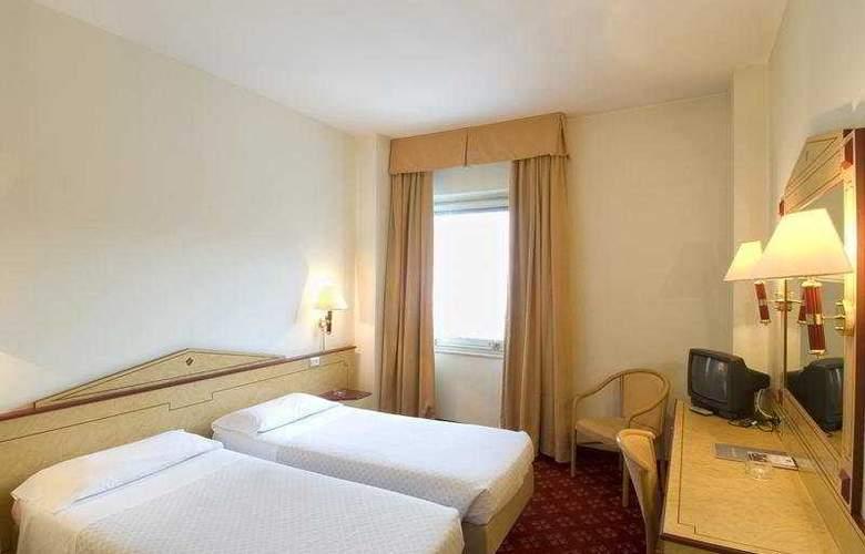 Hotel Alpi - Room - 2