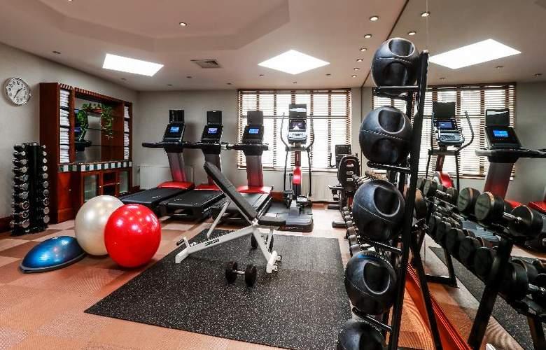Radisson Blu Alcron Hotel - Sport - 38