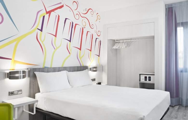 ibis Styles Madrid Prado - Room - 6